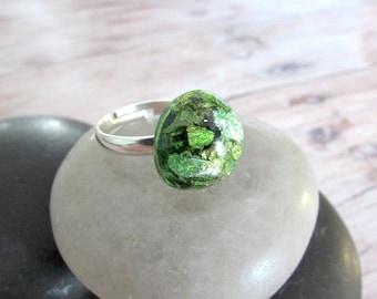 Adjustable Gold Flake Ring - Resin Capture Ring - Hypoallergenic - Faux Gemstone Ring - Girlfriend Gifts Under 20 - Gardener Gift - Everyday