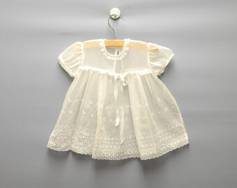 Vintage Baby Clothes, 1950's White Chiffon and Lace Baby Girl Dress, White Baby Dress, Vintage Baby Dress, 1950s Baby Dress, Size 3 Months