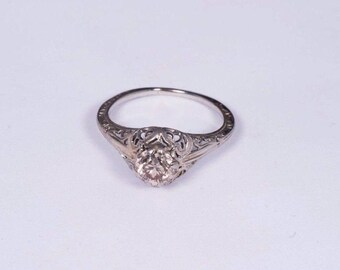 14K White Gold Filigree Ring With Diamond Center, size 5.5
