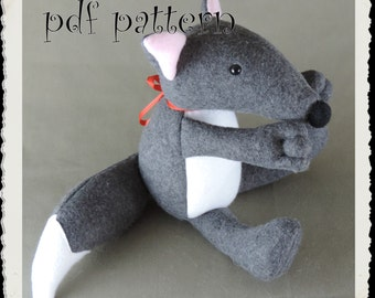 Pattern, Wolf Softie E-PATTERN, Downloadable PDF, e- Pattern and instructions for fleece wolf