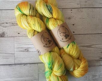 Let the Sunshine In ~ Bardot ~ 1960s Merino Nylon High Twist Sock Yarn