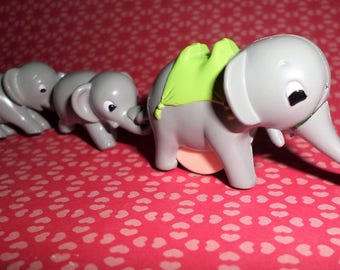 Tiny Momma & Baby Elaphants Pull Along Family ~ They Attach! Twin Babies ~ So Cute! Toy