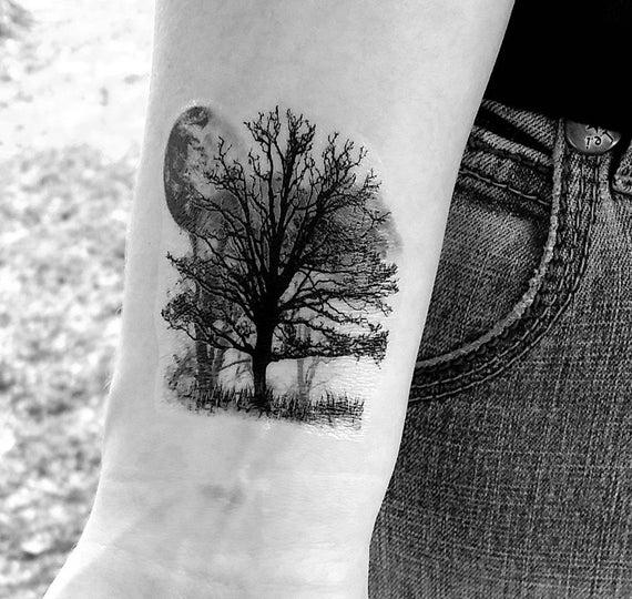 arbre tatouage temporaire tattoo arbre et la lune. Black Bedroom Furniture Sets. Home Design Ideas