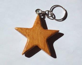 Wooden Keychain entirely handmade oak-coloured star shaped
