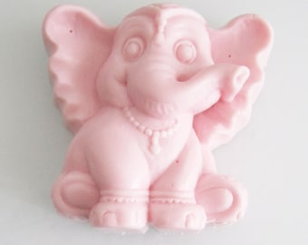 Elephant Soap bar gift, elephant soap favor, kids party favor, party favor soaps, soaps elephants, elephant party gifts, set of 25 soaps