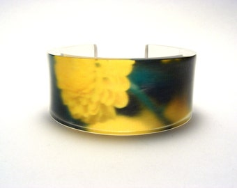 Bracelet Bangle Cyber Monday, Yellow Flower Summer Accessories, Perspex Cuff Handmade, Small Size