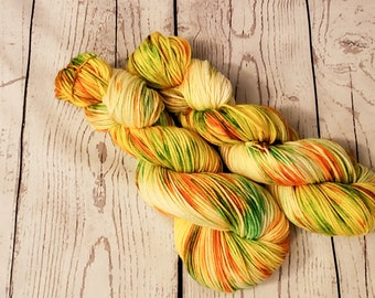 Worsted Weight, Hand Dyed, Superwash Merino Wool, 100 Grams, Indie Dyed, Variegated, Ready to Ship, Yarn