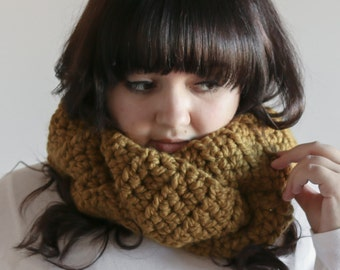 Chunky Cowl Scarf Braided Warmer | THE INGLENOOK in Snapdragon