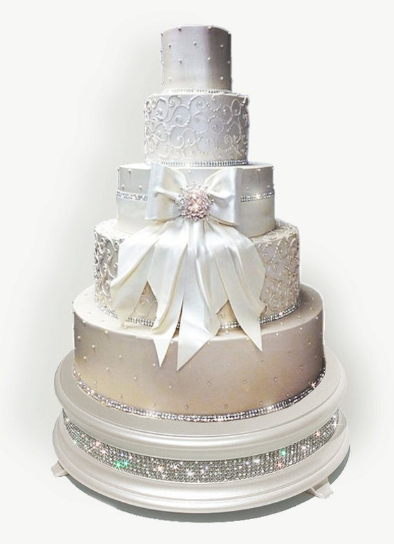 bling wedding cake stand with pearls 18 inch ivory pearl bling wedding cake stand 11935