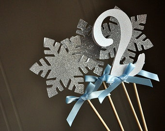 Frozen Centerpiece (4 Piece).   Handcrafted in 2-5 Business Days.  Winter Wonderland Party Decorations.