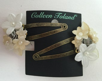 SWEETHEART SNAP CLIPS in Cream and White, Vintage Inspired Hand beaded Flower Clip by Colleen Toland