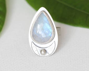 Moonstone sterling silver statement ring, one of a kind, artisan silver ring, moon silver ring