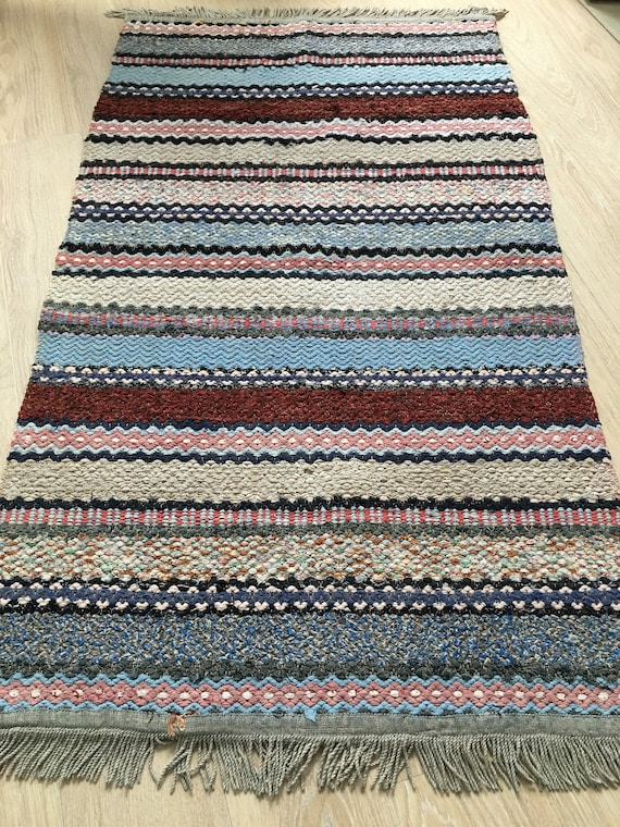 Traditional Folk art Swedish Trasmattor rag rug circa 1970's