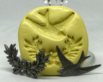Barn Swallow Bird and Wreath looking with Ribbons molds