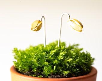 Violet bud stem earrings gold plated