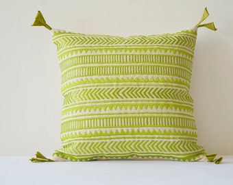 Green Embroidery on Natural Cotton Linen Pillow Cover , Geometric Embroidery in Green on Ecu Cotton Linen Scatter Cushion , Decor Pillow