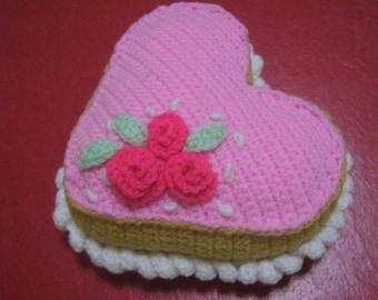 Food Crochet Pattern Cake Pattern PDF Instant Download Heart-Shaped Vanilla Cake with Pink Frosting