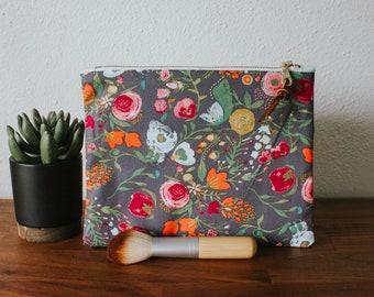 Vibrant Floral Pattern Makeup Bag