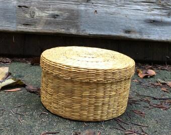 Wicker Trinket Storage Basket circa 1970 Home Decor