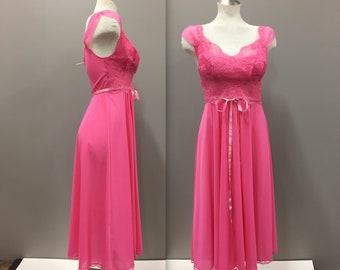 Hot Pink Lace Night Gown, Vintage Lingerie, Honeymoon Lingerie, Romantic Lingerie, Valentines Lingerie, VANITY FAIR