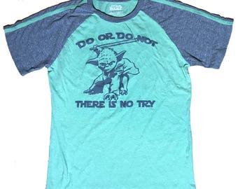Yoda Star Wars T-shirt size Medium