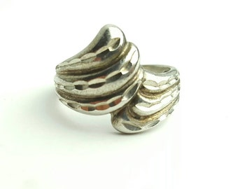 Vintage Abstract Sterling Silver Wavy Scalloped Ring- Size 6.5