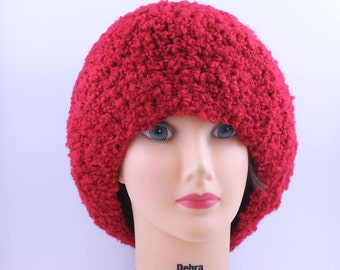 Slouchy beanie, boucle , extra slouchy lipstic  red beanie