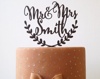 Personalized wedding cake topper, Mr and Mrs custom cake topper, rustic wedding cake topper, names cake topper