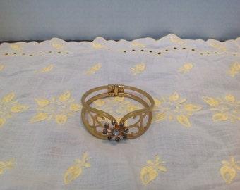 Vintage gold tone Bracelet Clasp Cut 9 Blue rhinestones Decorative