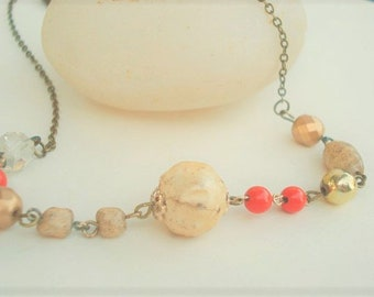 Vintage Pearl Necklace Boho Necklace Coral Beaded Chocker Pearl Necklace Vintage Beaded Layering Necklace, Romantic Necklace