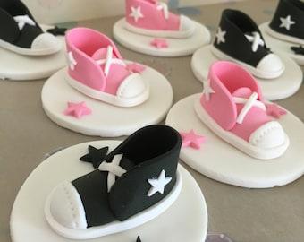 Edible Fondant Converse Cupcake Topper / Converse Topper / Converse cake topper / Tennis topper / printable / shoe toppers / shoe printable
