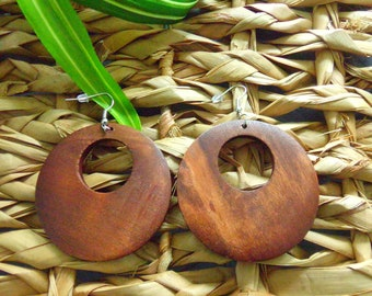 Round Peep Hole Wood Earrings | Wooden Earrings | Classic Collection