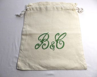 Monogrammed LINEN Brush and Comb bag, hand embroidered,  Lake District UK made