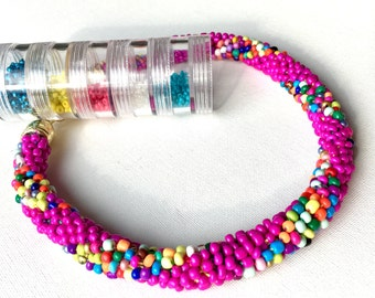 Pink beaded necklace, Crochet bead necklace, Glass bead necklace, Bead crochet necklace, Multicolor necklace, Short necklace, Fusia necklace