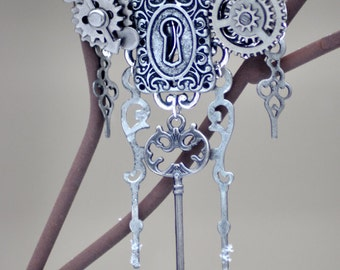 Steampunk Hair Accessory, Silver Hair Accessory, Silver Hair Jewelry, Silver Head Piece, Silver Hair Pin, Skeleton Key Jewelry