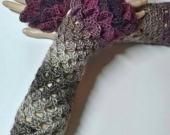 READY TO SHIP, Crochet Ombre gloves, Fingerless gloves, Dragon Scale gloves, Valentine's Day gift, Mothers Day gift, dragon tear gloves