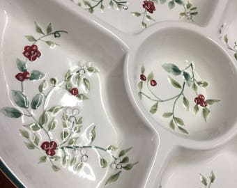 1990s The Winterberry Collection by Pfalzgraff ® - Platter 5-section