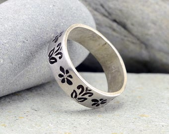 Floral Jewelry, Silver Rings under 50, Sterling Silver Ring,Stamped Rings, Handmade Rings, Nature Jewelry, Accessories, Fashion Jewelry