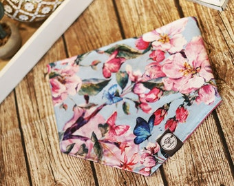 "Bandana/scarf for dogs ""spring Flowers"""