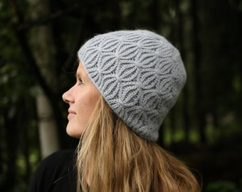 Crochet Hat Pattern - Penumbra Hat