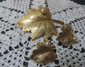 Sarah Coventry Leaf with Pearl Pin/Earrings Set