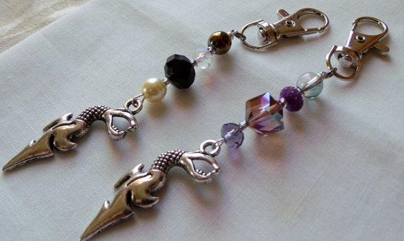 Key ring dragon charm -  zipper pull charm - beaded key chain for woman/ men - Key ring with beads - Fantasy dragon gift - Lizporiginals