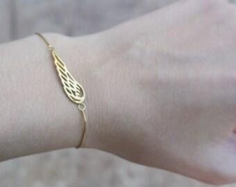 Angel Wing Bracelet, Sterling Silver Angel Wing on sterling silver chain, Silver Wing Bracelet, Friend, Sister