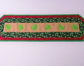 Hand Quilted Christmas Table Runner  FREE SHIPPING! In Festive Colours with Holly Fabric & Felt Applique Tree Design Table Runner/Centre Mat