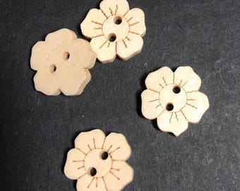 Wooden flower Button - pack of 4