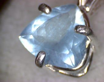 Beautiful Aquamarine Pendant