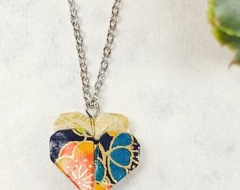 Collier marine et orande | Pendentif en coeur | Bijou en origami | Pendentif multicolore |  Origami par Ökibo