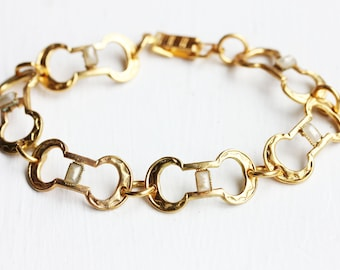 Gold Oval Link Pearl Bracelet