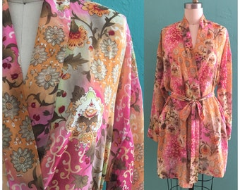 vintage pink floral robe // dressing gown