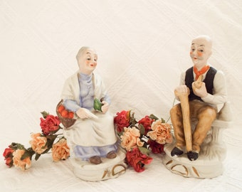 Vintage pair figurines Elderly couple figurines Bisque pottery figurines Old peasant couple figurines Man and lady figurines Cottage decor